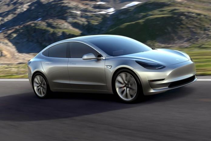 Tesla Model 3 poate fi comandata in Romania
