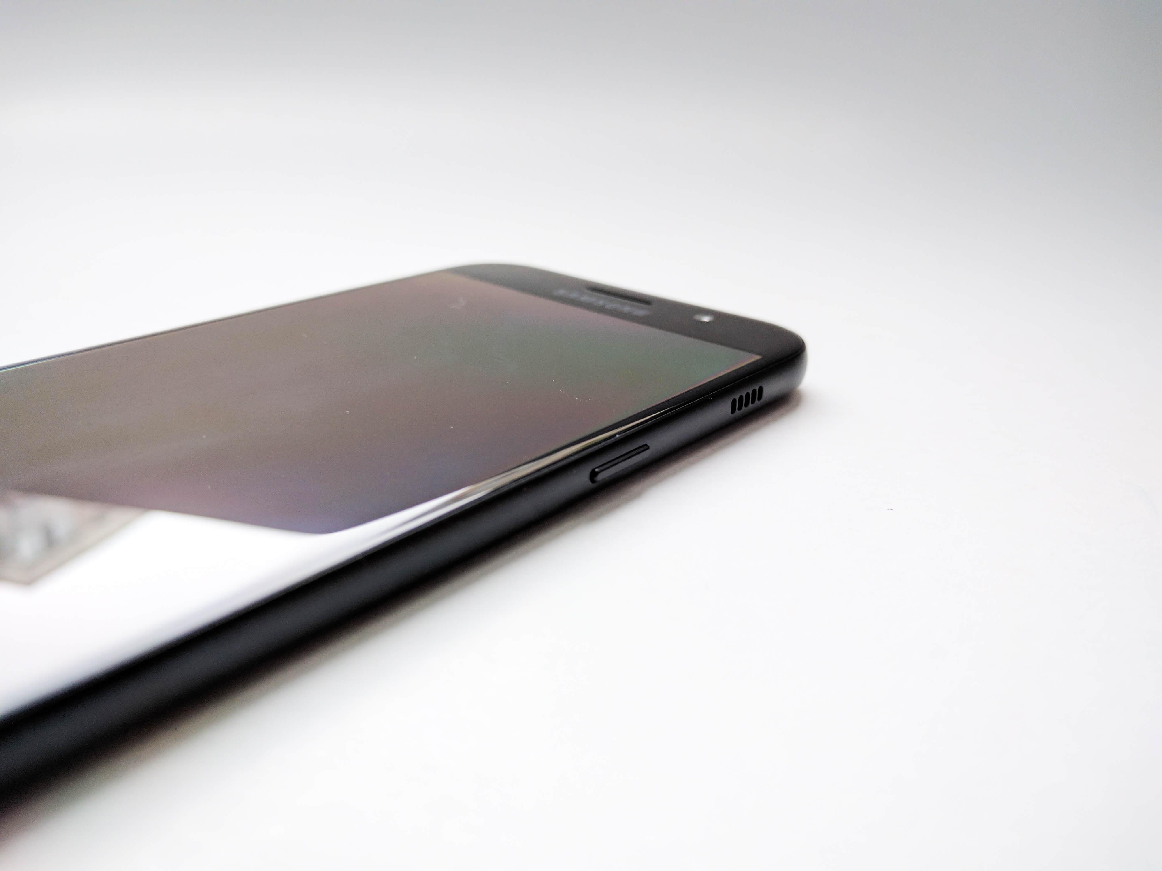 Samsung Galaxy A5 (2017) Review Romana - Foto 5