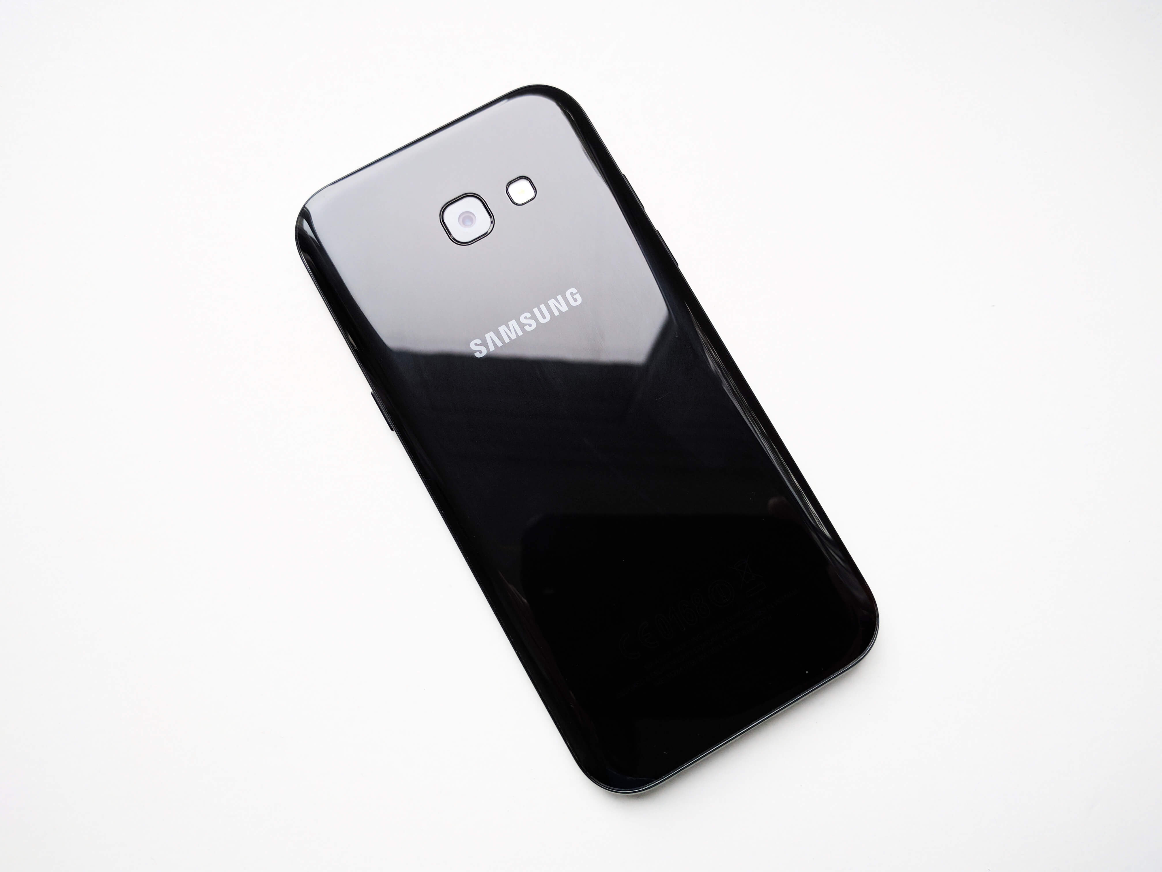 Samsung Galaxy A5 (2017) Review Romana - Foto 2
