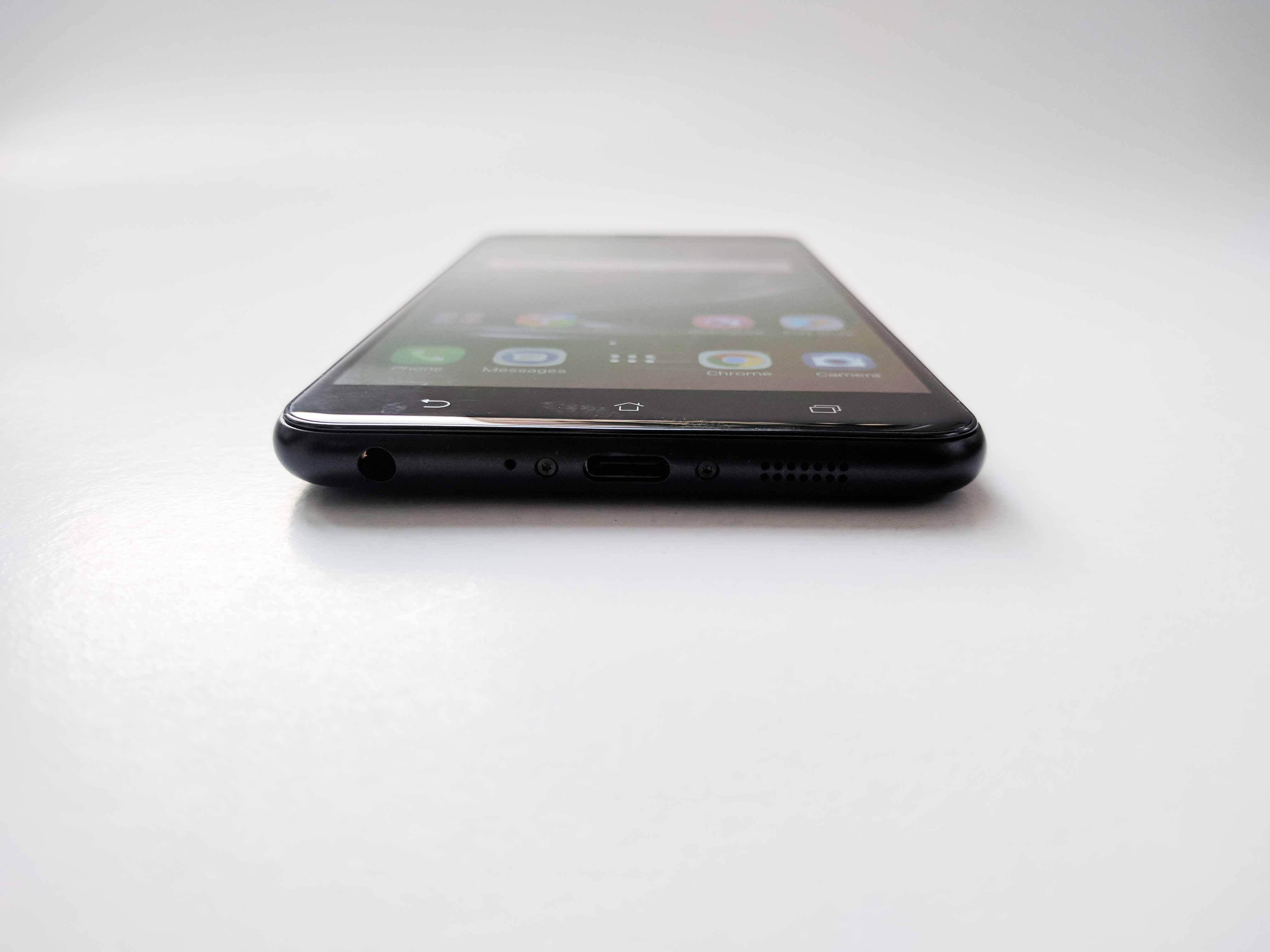 Asus Zenfone Zoom S Review Romana - Foto 3