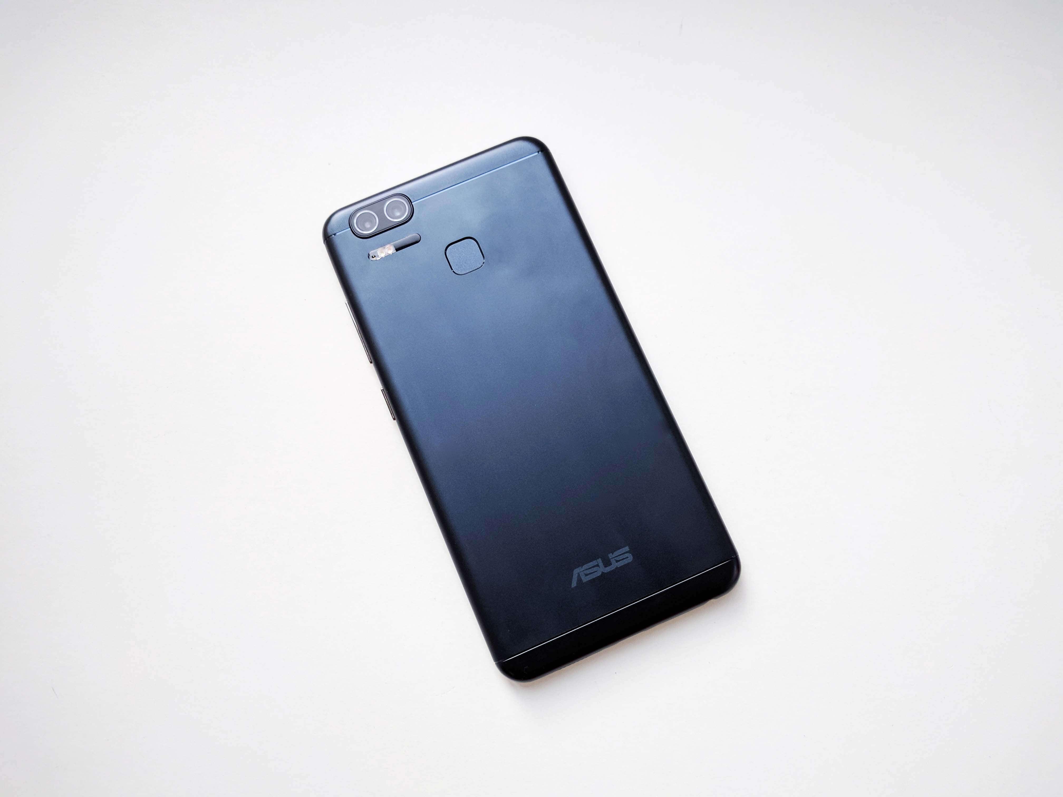 Asus Zenfone Zoom S Review Romana - Foto 4