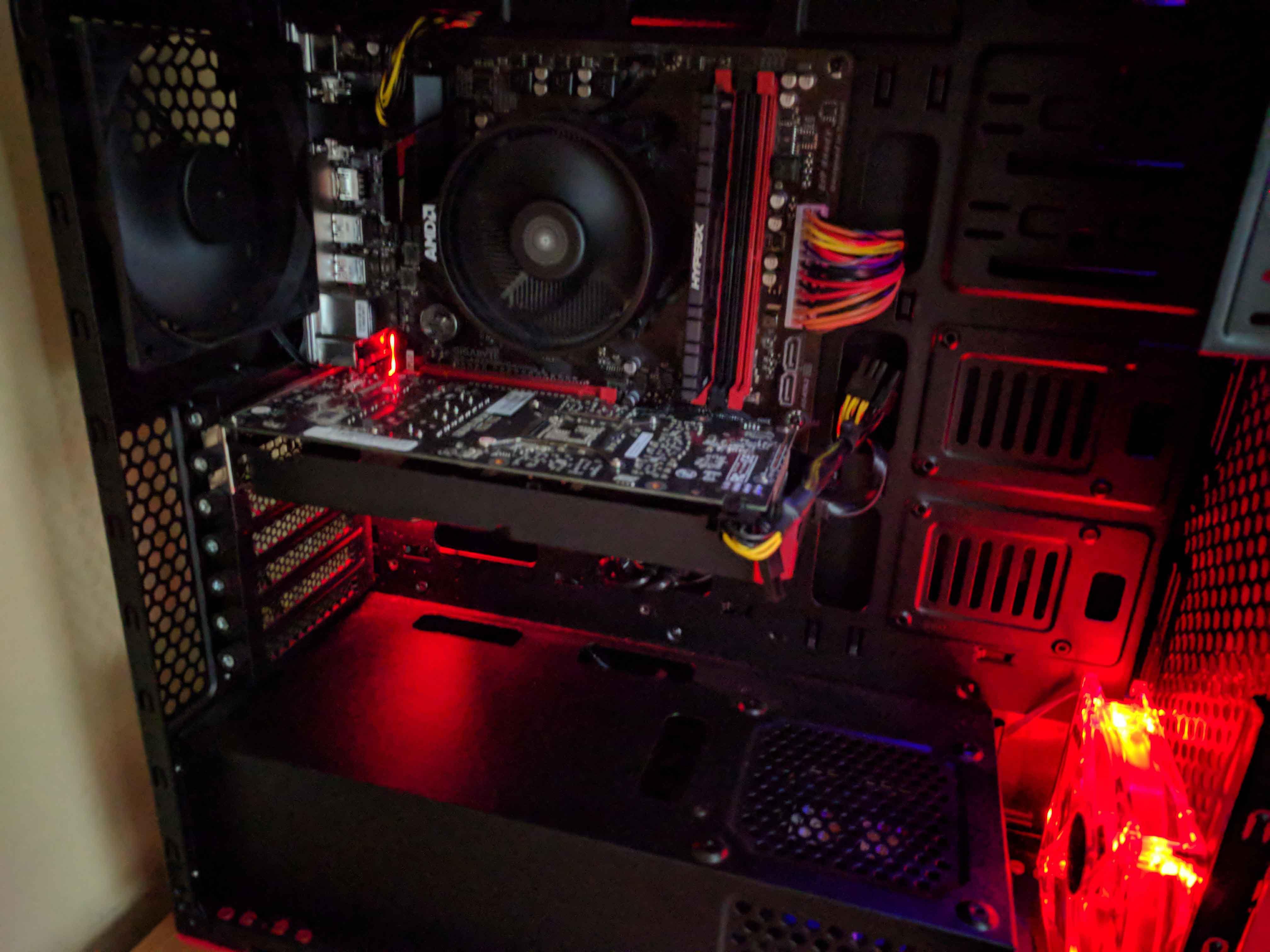 Sistem Gaming Red Shocktrooper by PC Garage - poza 7