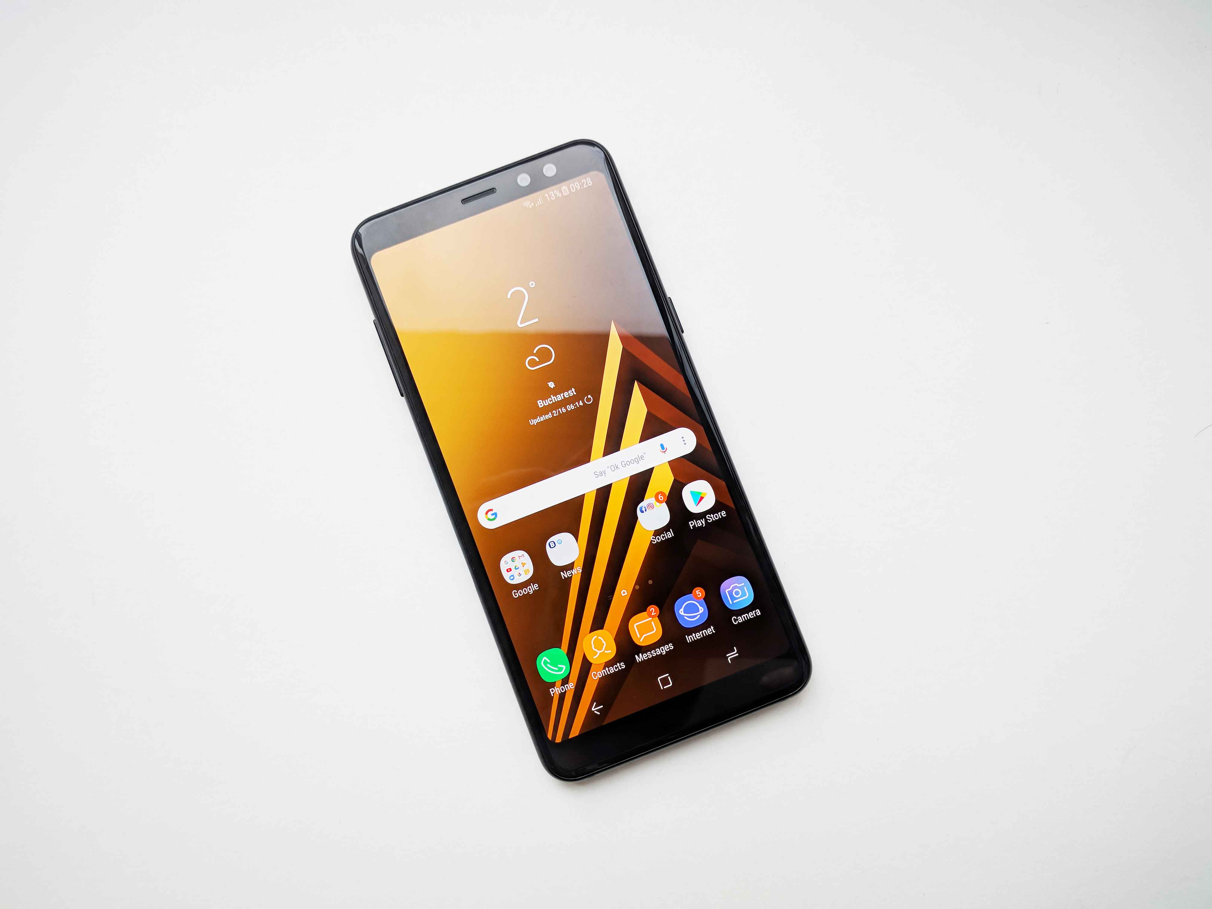 Samsung Galaxy A8 (2018) Review Romana - Foto 1