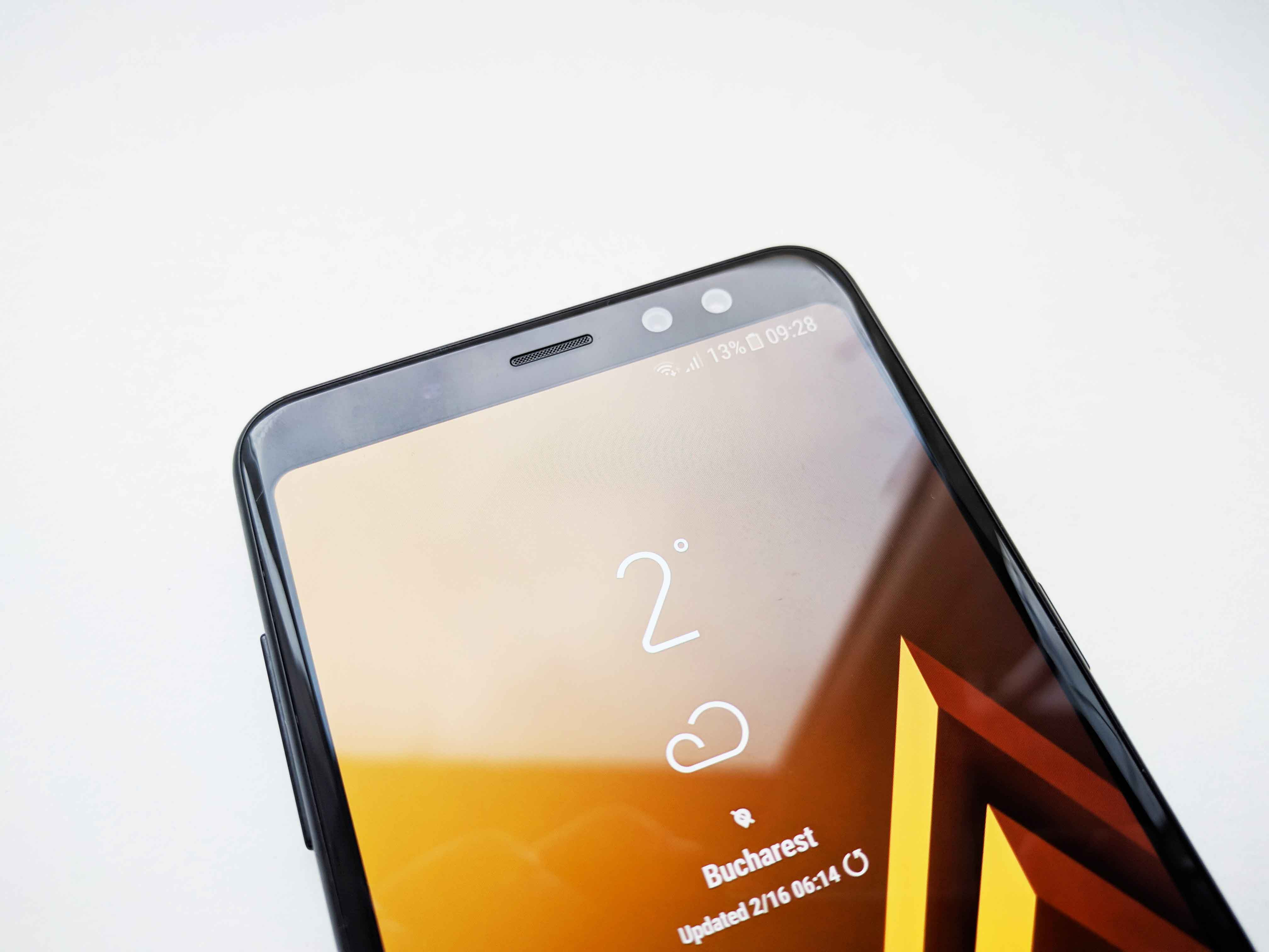 Samsung Galaxy A8 (2018) Review Romana - Foto 2