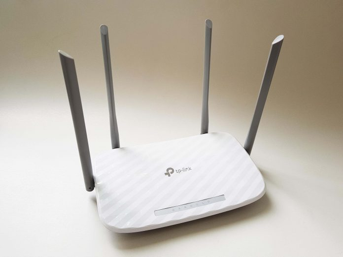 TP-Link Archer C5 V4 AC1200 Review Romana si Pareri
