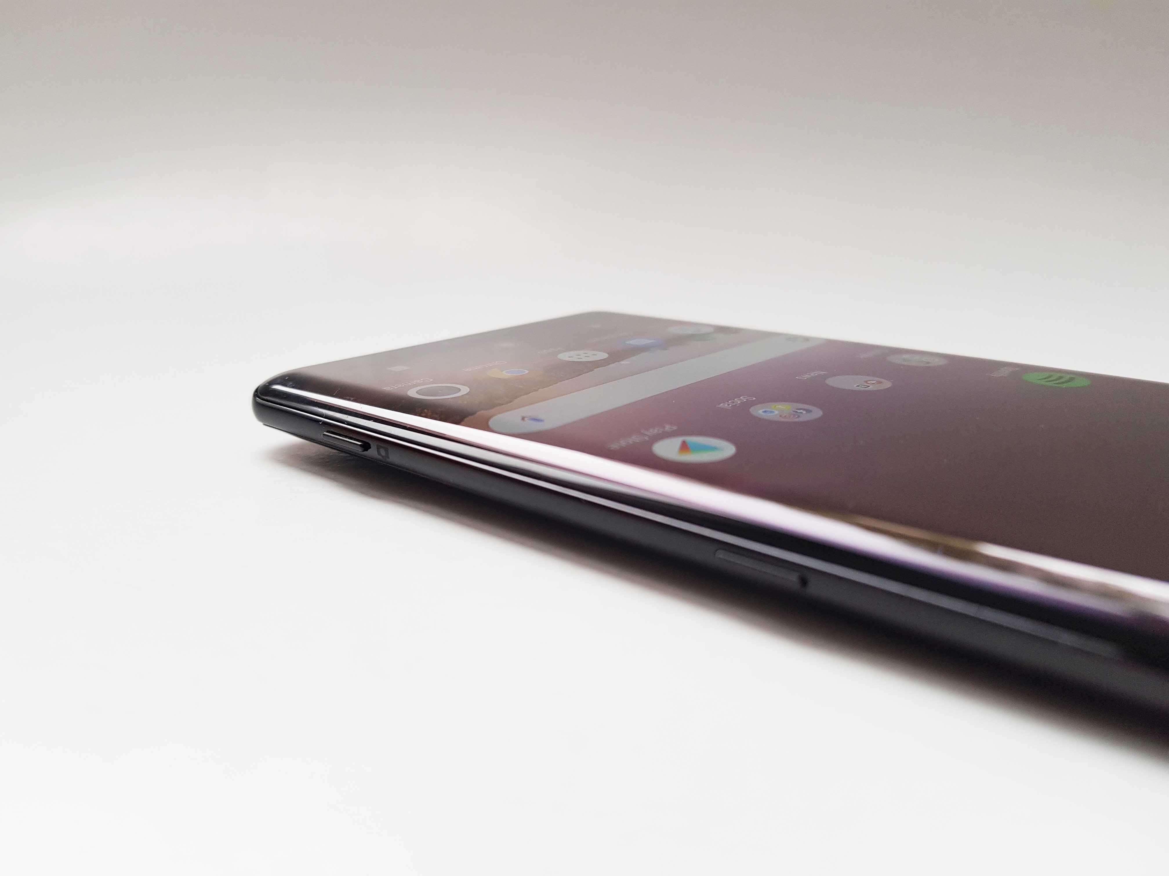 Sony Xperia XZ3 Review Romana si Pareri - Foto 3