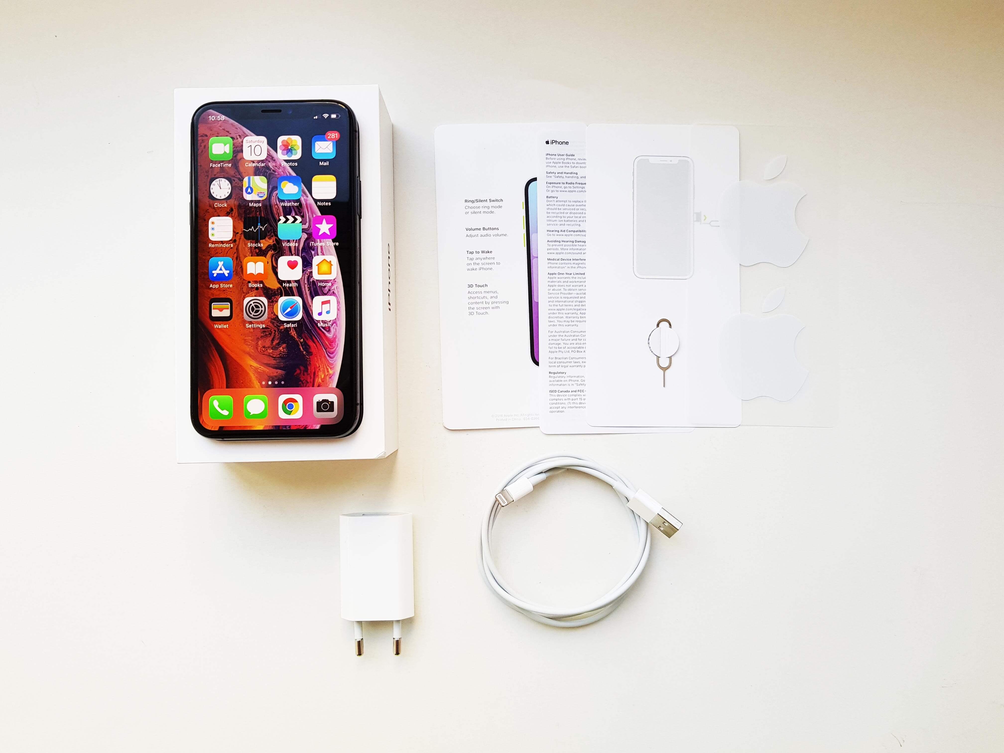 Apple iPhone Xs Review Romana si Pareri - Ambalaj si accesorii