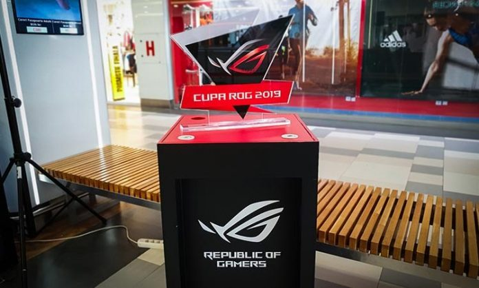 ASUS te invita la FIFA 19 in Plaza Romania