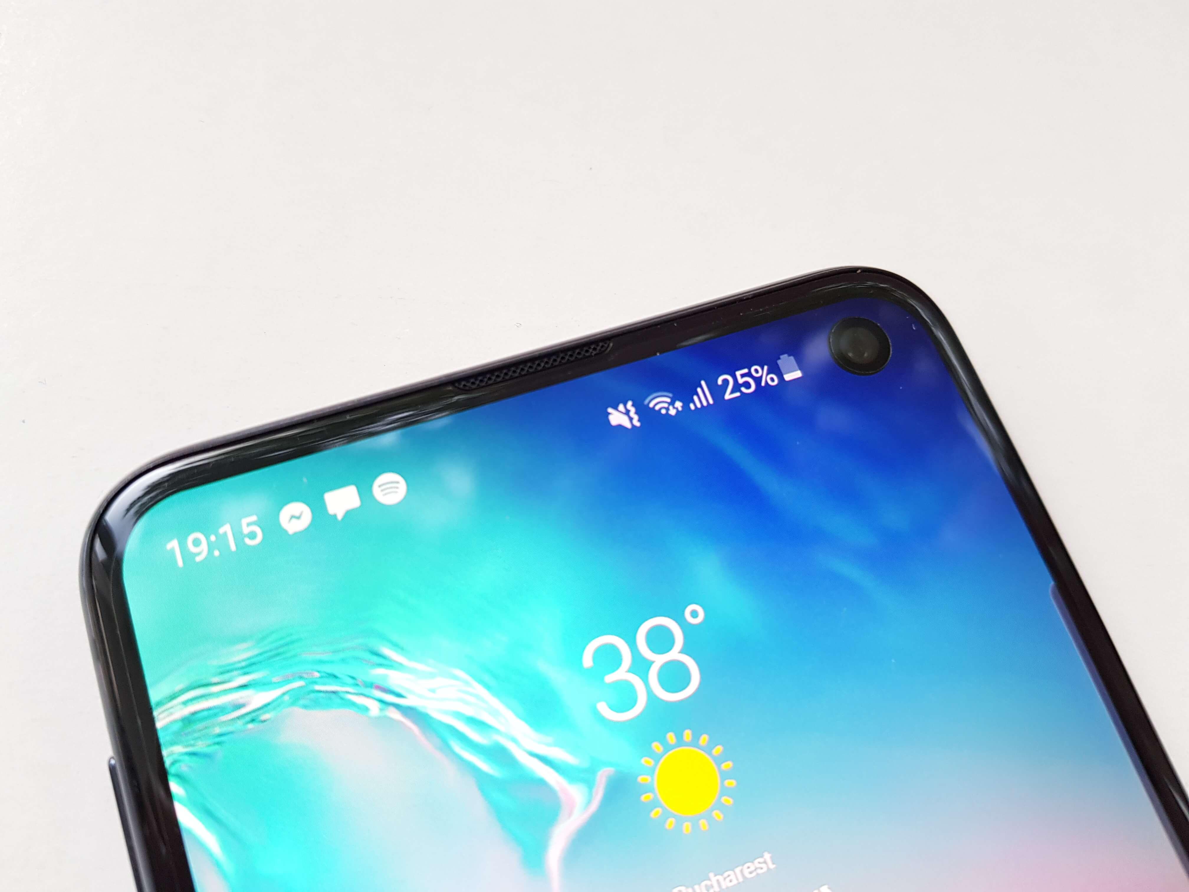 Samsung Galaxy S10e Review Romana si Pareri - Foto 2