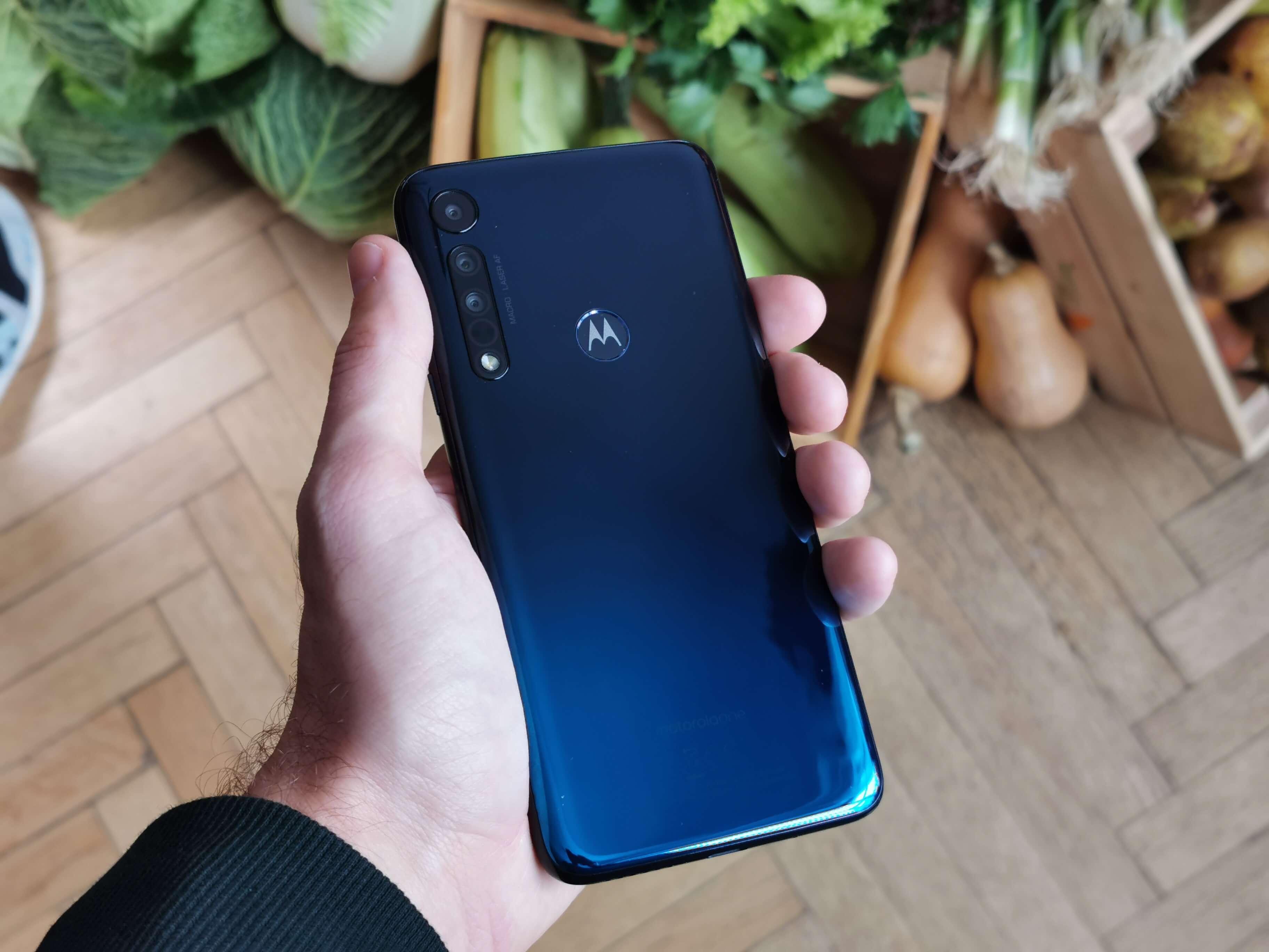 Motorola One Macro este lansat oficial in Romania