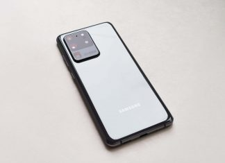 Cat tine baterie pe Samsung Galaxy S20 Ultra