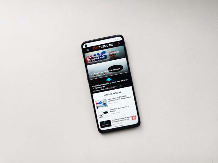 Motorola Moto G9 Plus Review Romana si Pareri