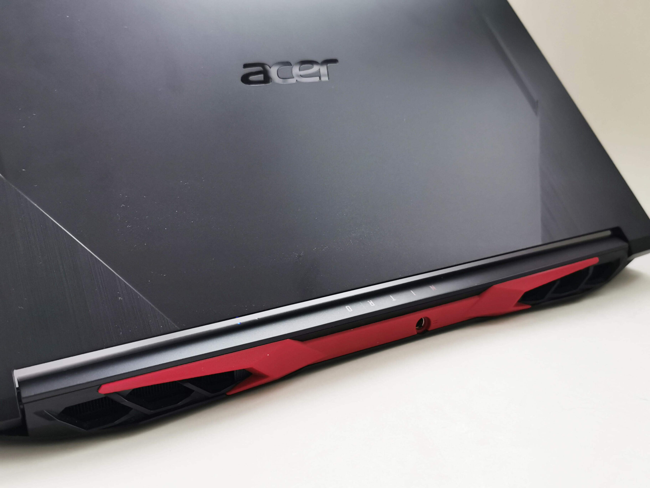 Acer Nitro 5 Review Romana si Pareri 3